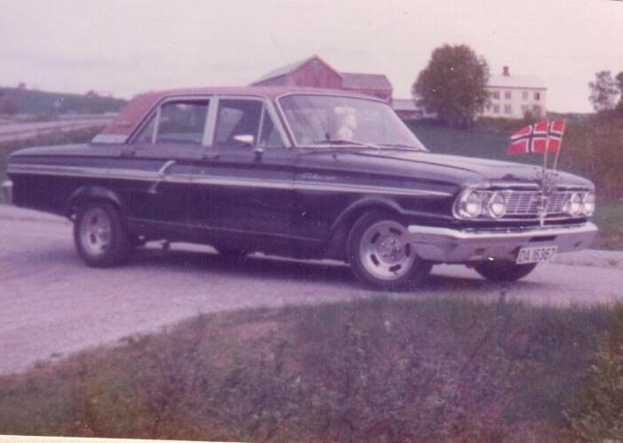 64 Ford Fairlane (8)